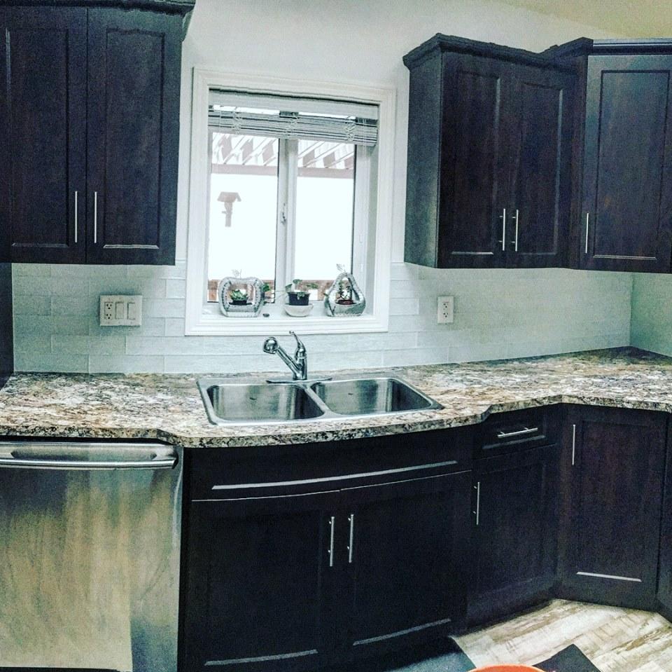 Kitchen Backsplash – Chilliwack Tile and Stone